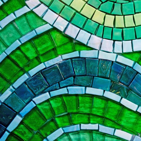green-background-1353140019W7x